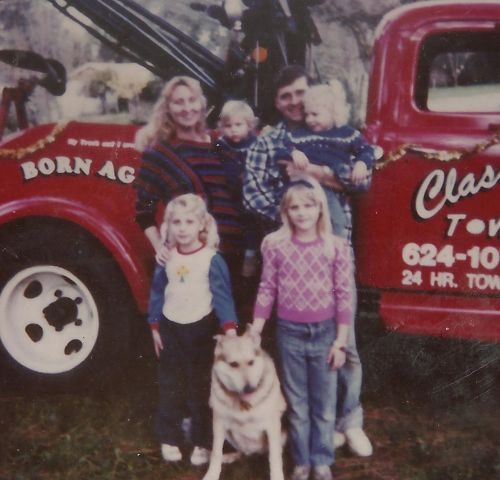 1987 picture of the Classic Tow family